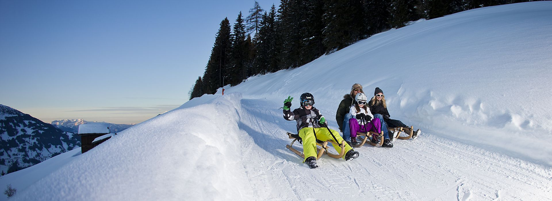 Rodeln mit Familie ©Johannes Sautner (Zillertal Arena)